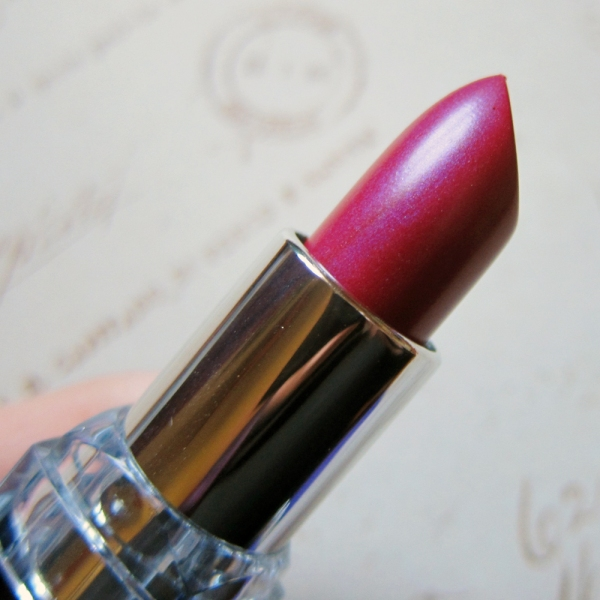 Rimmel Moisture Renew Lipstick – 520 Violet Pop