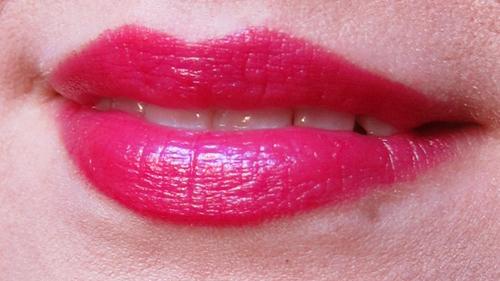 Rimmel Moisture Renew Lipstick - 520 Violet Pop