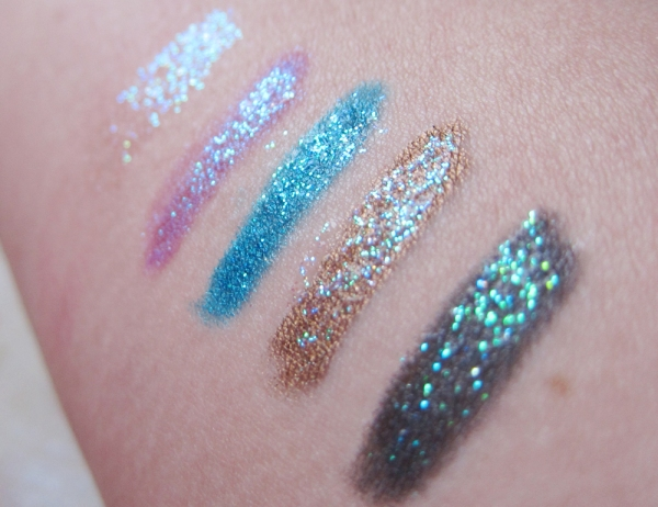 Distortion Glitter Eyeliner: By itself, over Asphyxia, over Deep End, over Smog, over Smoke