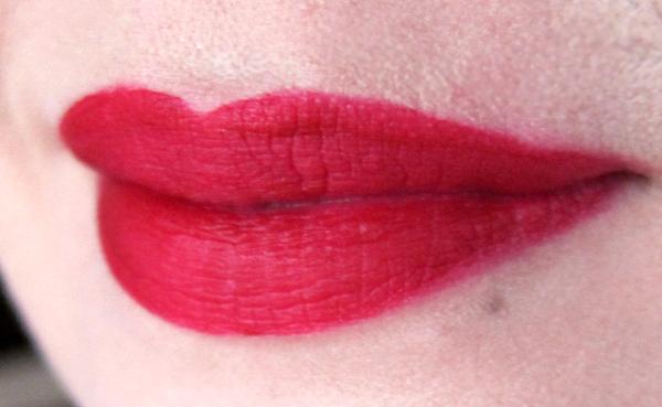 Hourglass Opaque Rouge Liquid Lipstick - Icon