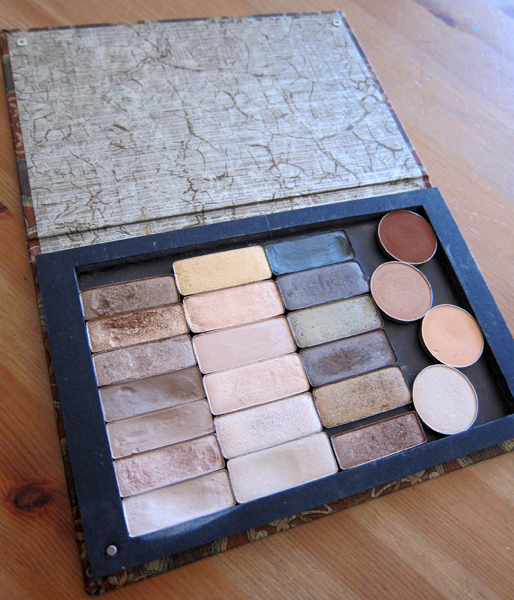 Anothersoul Palette featuring neutral shades
