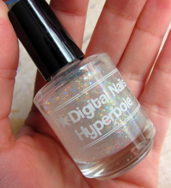 Digital Nails Hyperbole